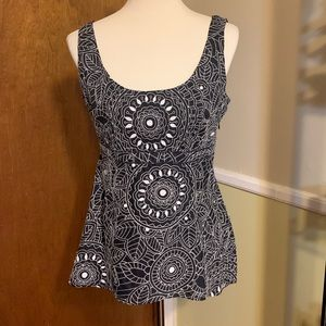 ❤️GORGEOUS Nine West Embroidered Top 12
